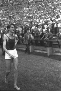 Hétpróbás. Világcsúcs 7 különböző távon. Erre az atlétika történetében csak két ember volt képes: Paavo Nurmi és Iharos Sándor. (Forrás: MTVA Fotó Archívum)
